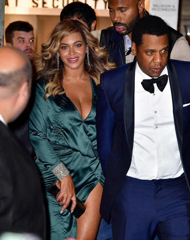 Beyoncé And Jay-Z Enjoy A Kid-Free Evening At Rihannas Diamond Ball