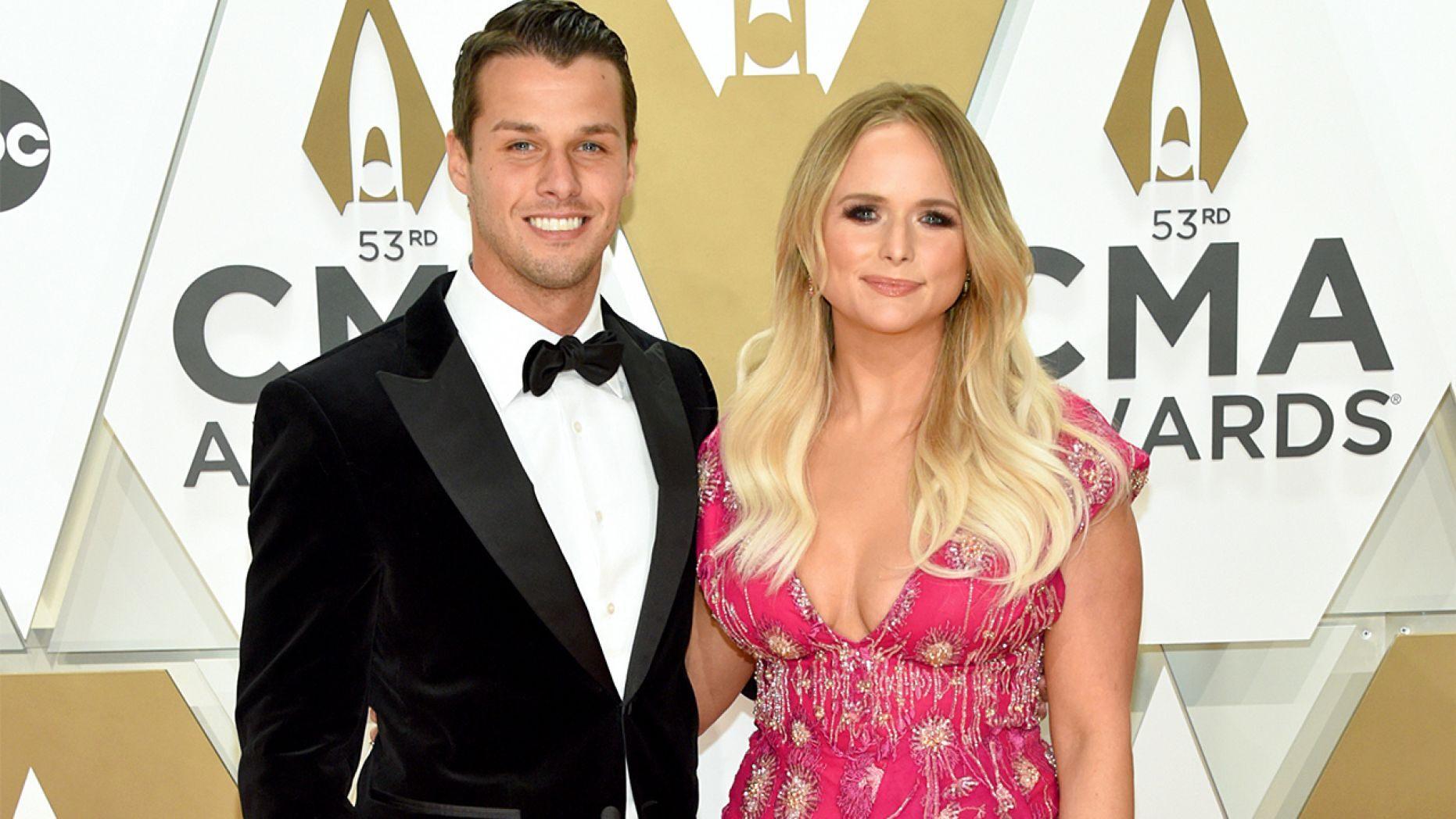 Miranda Lambert applauds Carrie Underwoods 'Drinking Alone' performance at 2019 CMAs