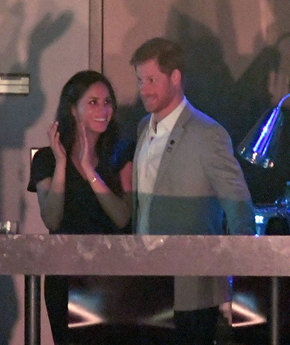 Meghan Markle and her mother cozy up to Prince Harry at Invictus Games closing ceremony