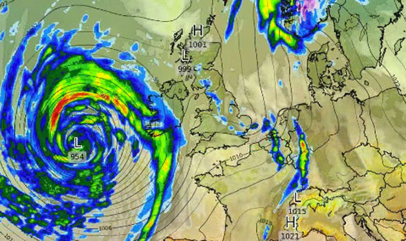 Storm Brian WORSE than Ophelia: Met Office confirm dangerous WEATHER BOMB to SMASH UK
