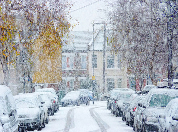 UK faces MONTHS of SNOW: Sinking polar vortex to trigger COLDEST winter since GREAT FREEZE