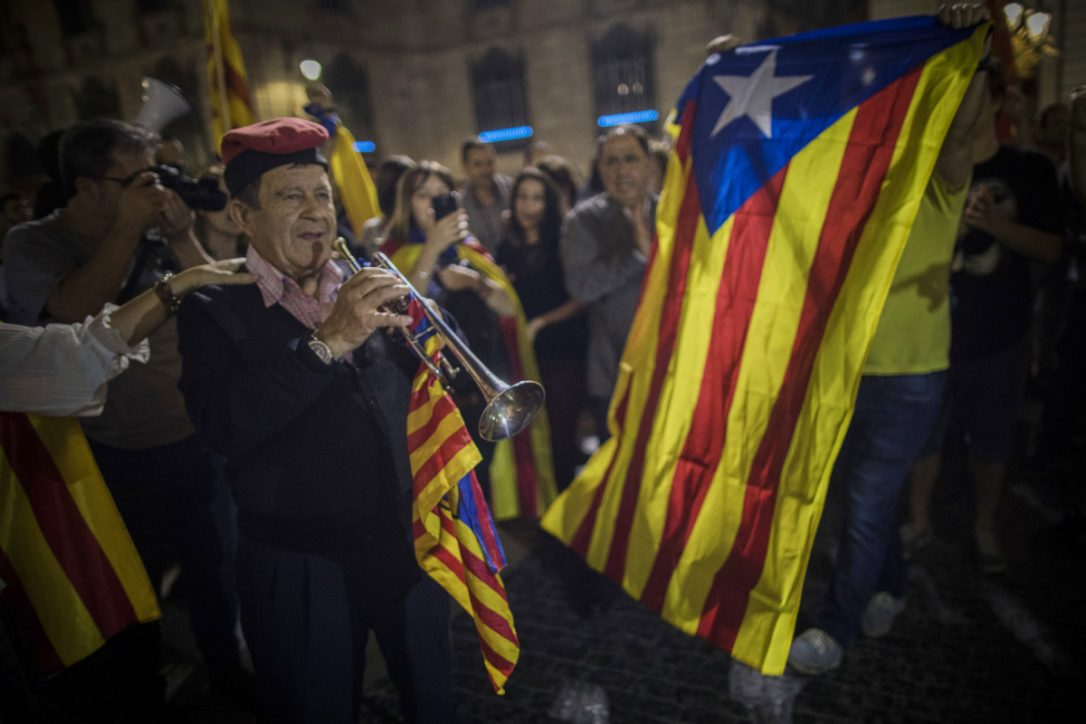 Catalan parliament to hold key session, discuss response to Spain's plan to take control