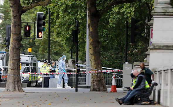 BREAKING: Car ploughs into crowd outside Natural History Museum - people injured