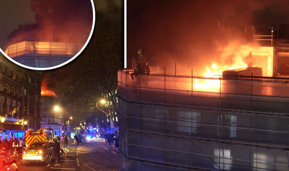 London fire: Huge blaze breaks out in Holborn as smoke billows over city