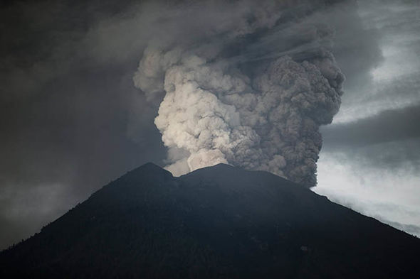 Bali volcano evacuation zones: Is Mount Agung dangerous? Threat to life warning issued