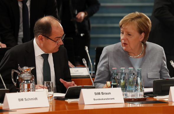 Germany CHAOS: Merkel humiliated as minister IGNORES her orders on EU vote