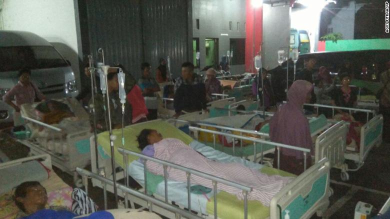 Strong earthquake strikes Indonesia; 3 dead