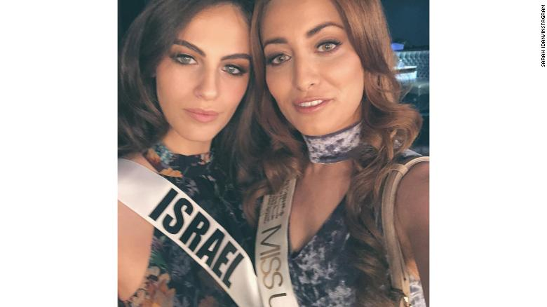 Miss Iraqs family forced to flee after selfie with Miss Israel
