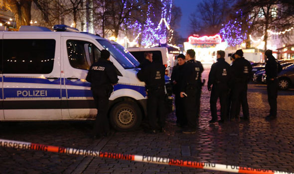 Christmas market TERROR: German police called to BOMB in Potsdam – near Berlin