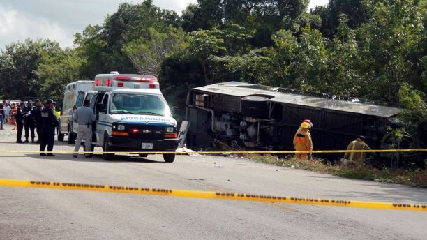 Mexico bus crash victims killed include 8 Americans