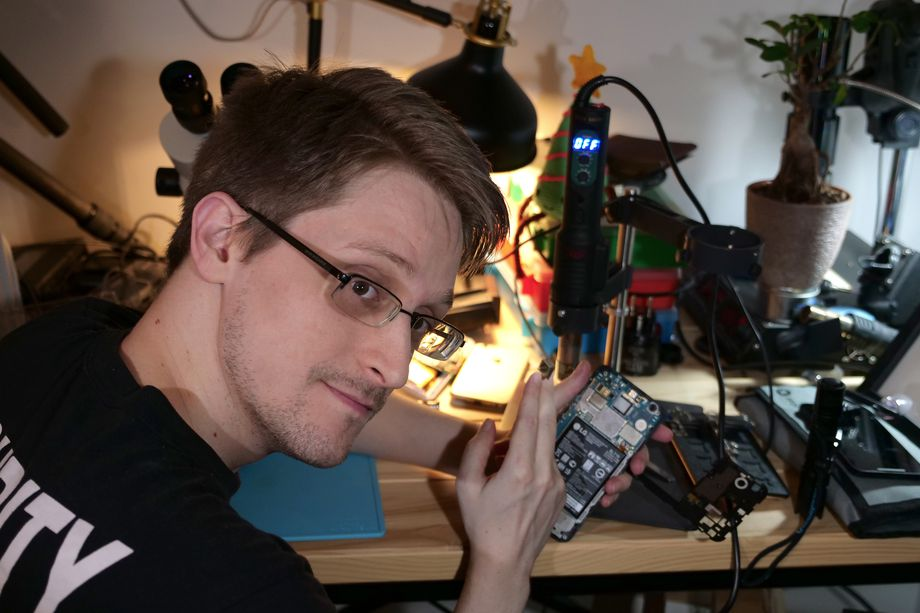 Edward Snowden made an app to protect your laptop