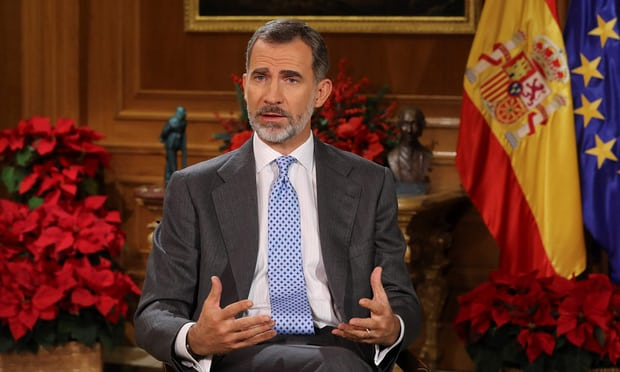 Spains king attempts to calm Catalonia crisis in Christmas speech