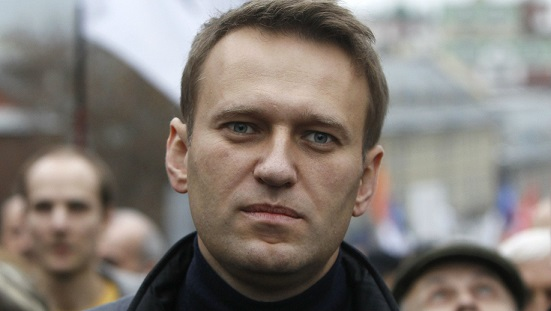 Kremlin critic Alexey Navalny barred from entering presidential race