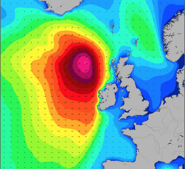 UK storm season ARRIVES: Floods to SMASH Britain THIS WEEKEND as misery fortnight begins