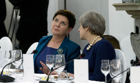 Theresa meets Ange: May to steal 30 minutes away from EU prying eyes to speak to Merkel