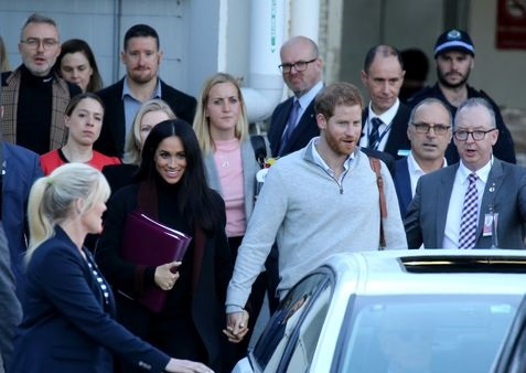 Prince Harry and Meghan arrive in Sydney for 16-day tour