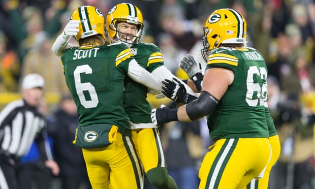 Bloodied Aaron Rodgers leads Packers and Crosby to redemption over 49ers