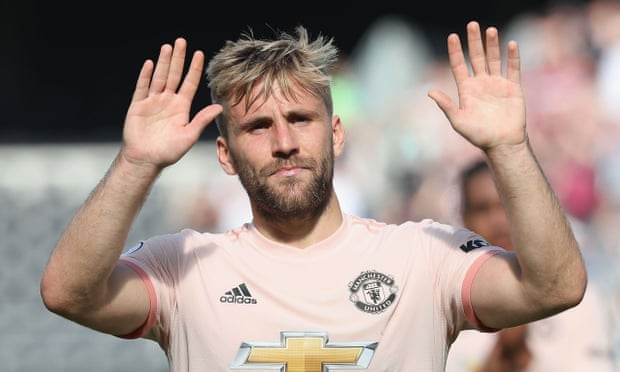 Luke Shaw in advanced talks over new Manchester United contract