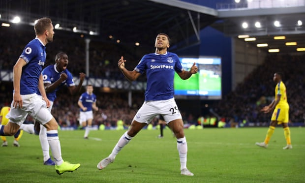 Dominic Calvert-Lewin sparks Everton's late demolition of Crystal Palace