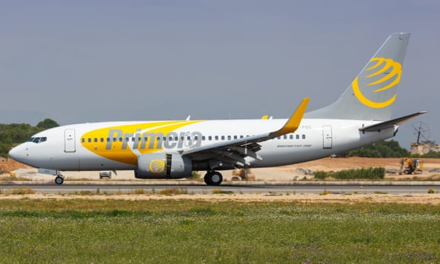 Passengers stranded as discount airline Primera Air collapses