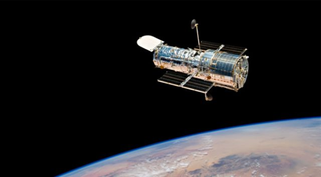 NASA May Have Fixed Hubble By Shaking It and Turning It Off and On