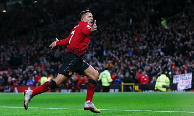 Sánchez seals dramatic Manchester United comeback against Newcastle