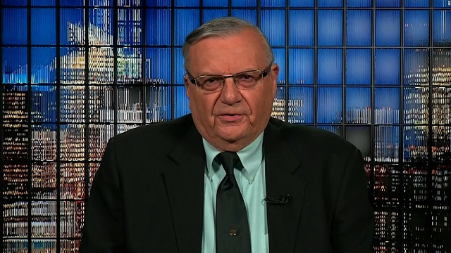 Joe Arpaio: Obamas birth certificate is a phony document