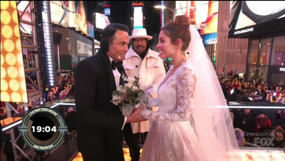 Steve Harvey Officiates Maria Menounos Marriage on Fox New Years Eve Broadcast