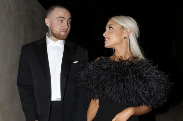 Ariana Grande wears Mac Miller's sweatshirt during tribute concert