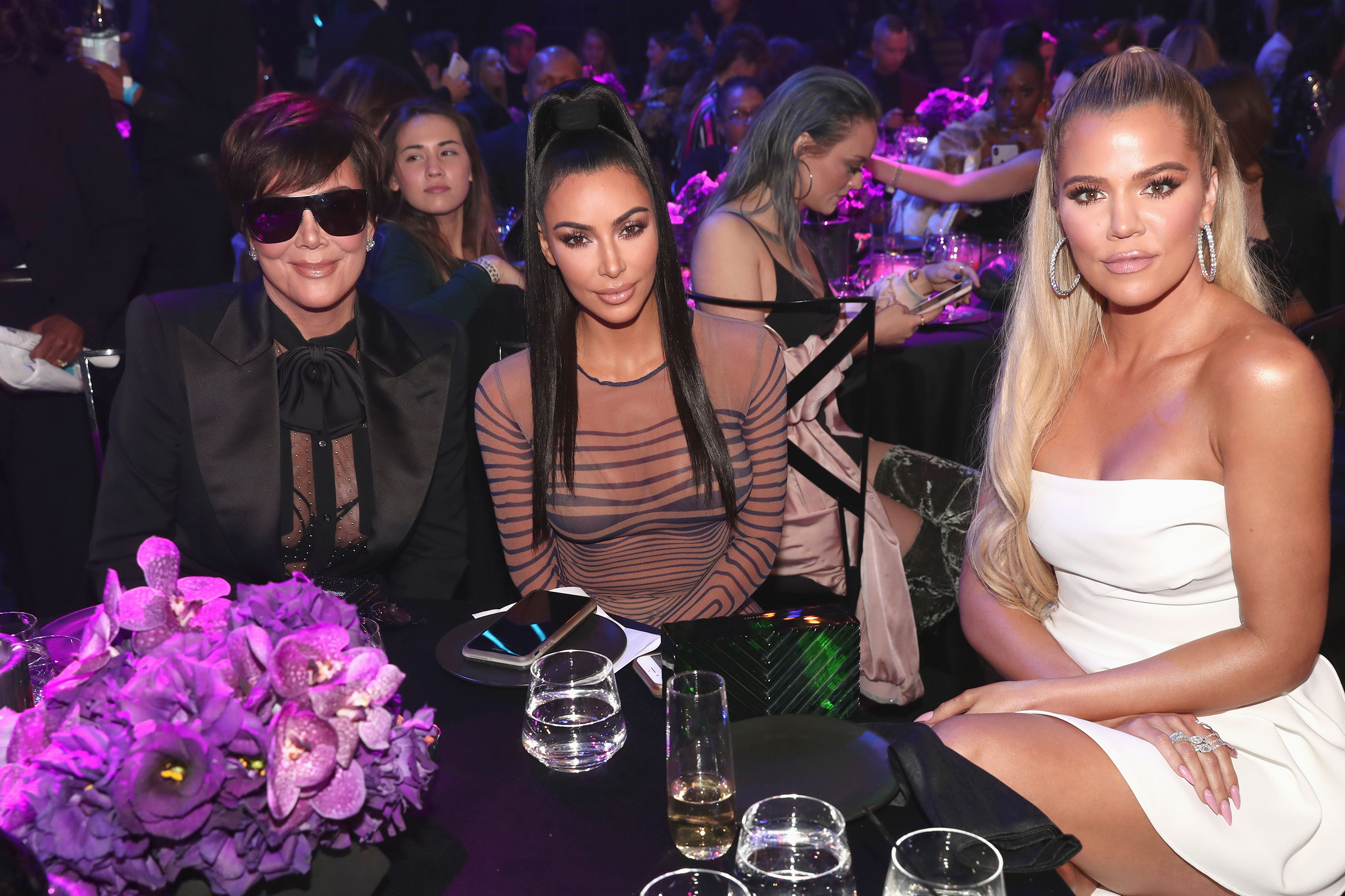 Kim Kardashian Says Our Hearts Are Broken as She Accepts Peoples Choice Award with Family