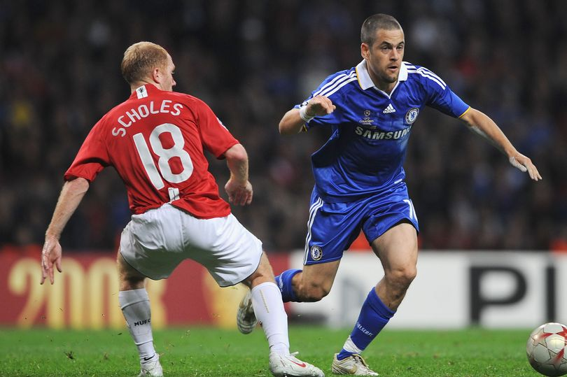 Sir Alex Ferguson tried three things to sign Joe Cole for Manchester United