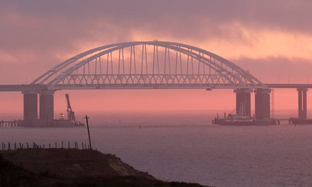Russia accuses Ukraine of naval provocation in Kerch strait