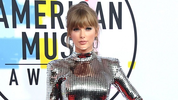 Taylor Swift Makes Impassioned Personal Video Message Urging Fans to Vote