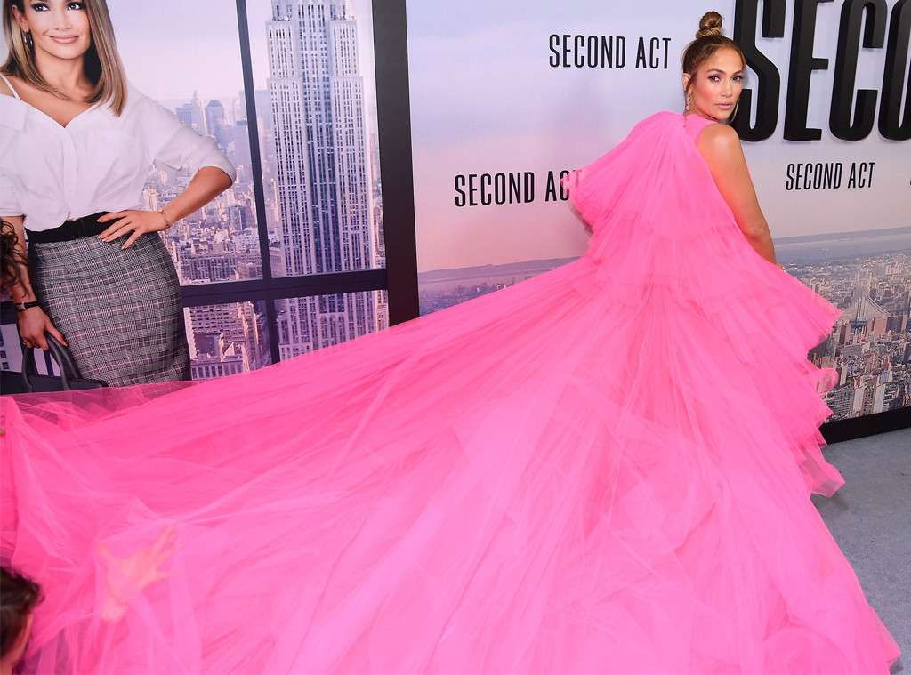 Jennifer Lopezs Red Carpet Dress Will Leave You Breathless