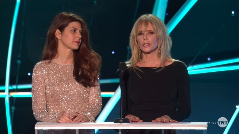 SAG Awards: Rosanna Arquette, Marisa Tomei Give Emotional Tribute to Women of #MeToo