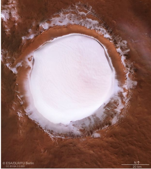 Mars: Pictures reveal winter wonderland on the red planet