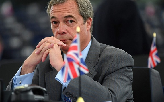 Nigel Farage quits UKIP over its extremism and street activism