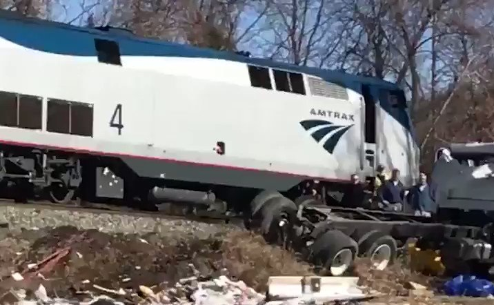 Train Carrying GOP Members Of Congress Collides With Truck
