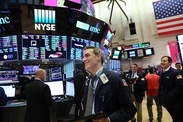 Dow Jones rally hits 25,000 milestone: Will the Dow hit 30,000 or will it collapse?