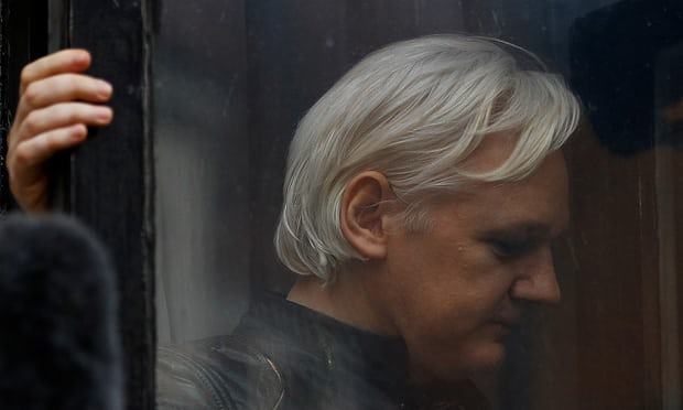 Julian Assange saga: judge to rule on arrest warrant