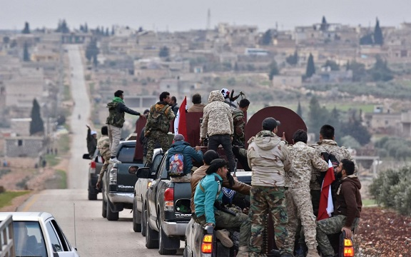 Turkey opens fire on Syrian regime forces coming to the aid of Kurds in Afrin