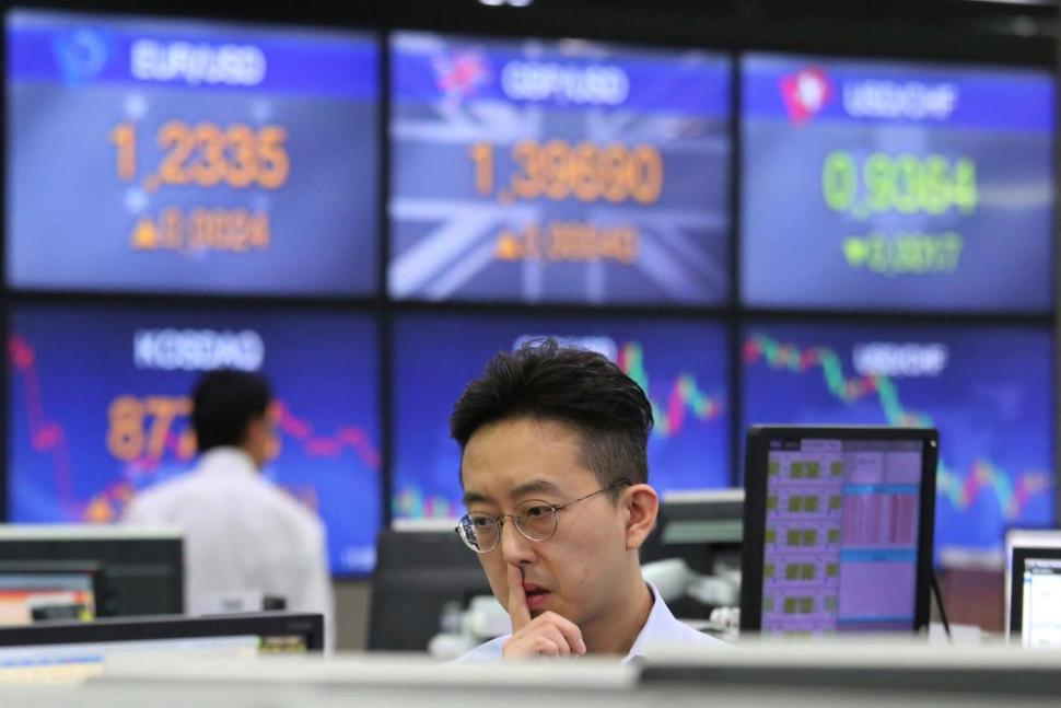Global Markets: Asian shares rise to three-week high ahead of Powells testimony