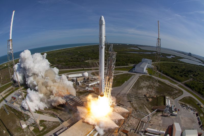Heres whats next for SpaceX after Falcon Heavys first flight