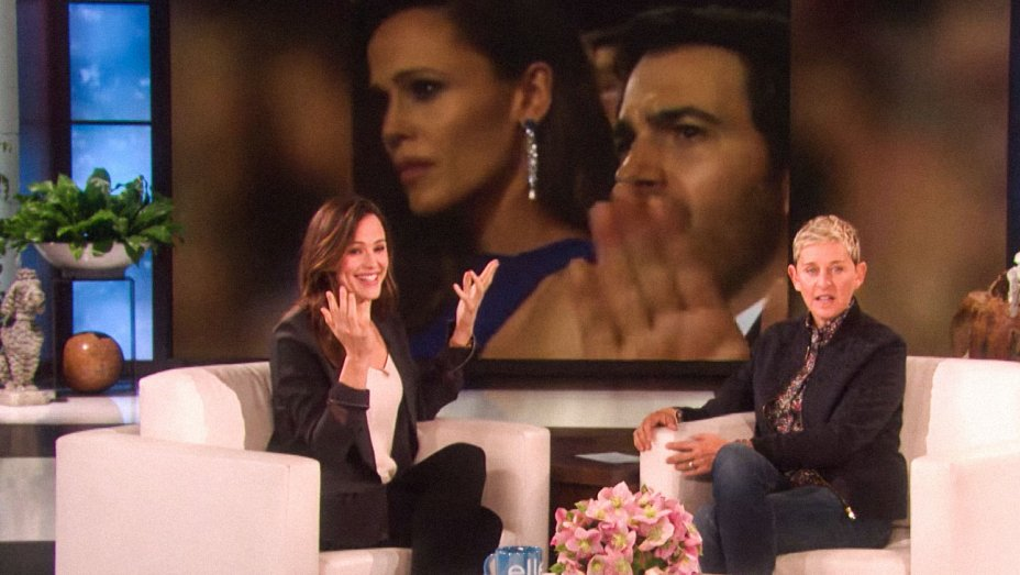 Jennifer Garner Tries to Explain Her Viral Oscars Moment