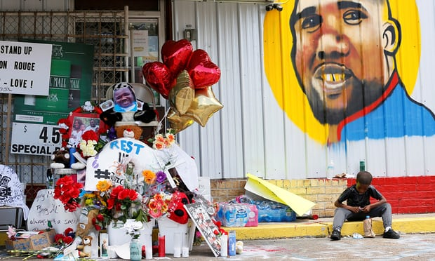 Alton Sterling shooting: two police officers will not be charged with any crime