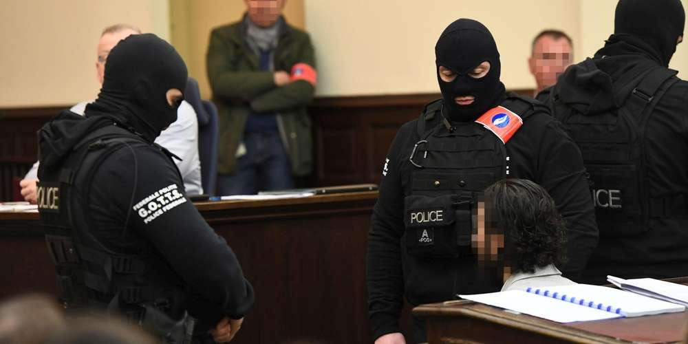 Suspect from 2015 Paris attacks speaks to judge for 1st time