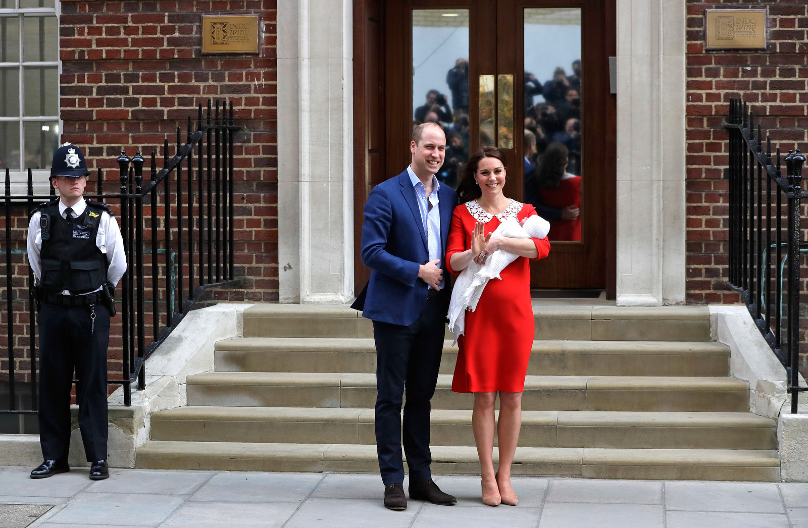 Its a boy! Photos of the new royal baby