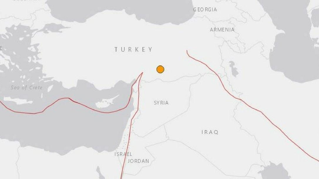 Earthquake in southeast Turkey injures dozens
