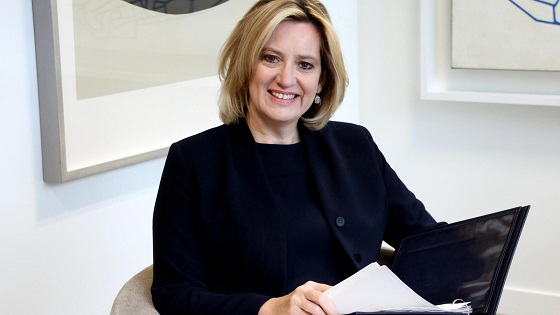 UK home secretary resigns over immigration scandal