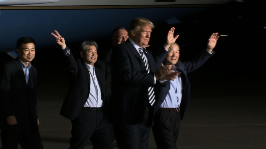 President Trump greets American prisoners freed by North Korea